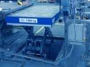 Dźwignik technologiczny E-Series: Zastosowanie w linii produkcyjnej o bardzo wysokiej częstotliwości podnoszenia i opuszczania w trybie 3-zmianowym.