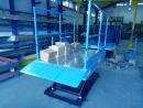 Poszycie platformy: Ryflowana blacha aluminiowa.